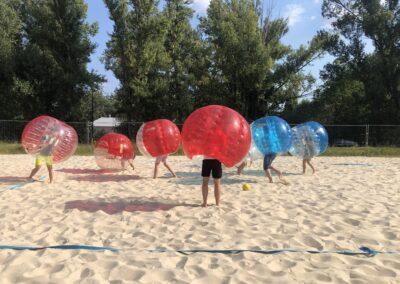 Bubble Football podczas wieczoru kawalerskiego w Monte Beach Club